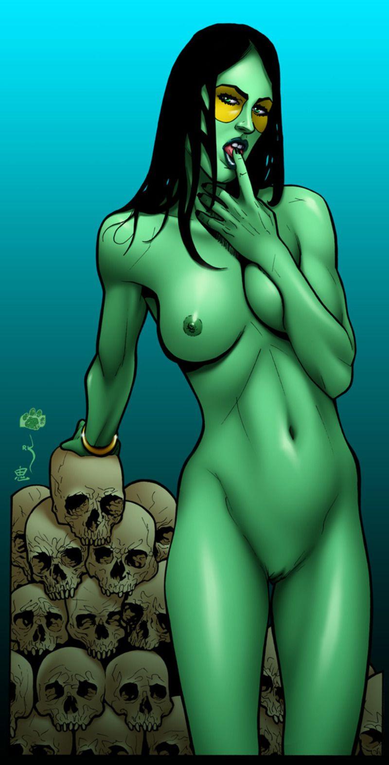 mama son naked fun